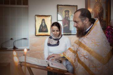 """""""Для мами і тата все пройшло дуже гладко"""": Ілона Гвоздьова охрестила тримісячного сина"""