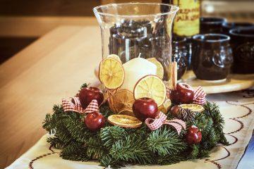 Как украсить Рождественский стол: стильные идеи, которые создадут атмосферу