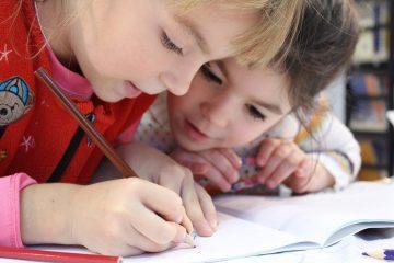 Довіряти і дозволяти дітям помилятись: психолог розповіла про проблеми дітей в спілкуванні з однолітками