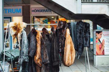 Alexander McQueen і Balenciaga відмовились від натурального хутра