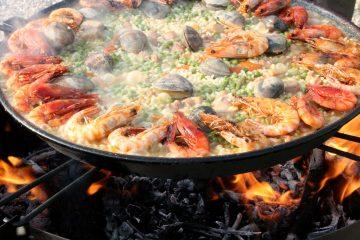 Паелья: рецепт улюбленої іспанської страви Віри Брежнєвої