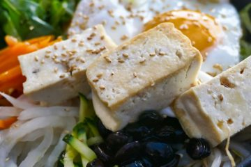 Яєчня без жодного яйця: актриса Анна Кошмал поділилася рецептом фірмового сніданку