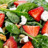 Рецепт салату з полуницею від Алекса Якутова