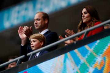 Принцу Джорджу виповнилося вісім: батьки показали нове фото хлопчика