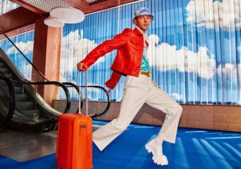 """Новий сингл Макса Барських """"Just Fly"""" став саундтреком української авіакомпанії"""