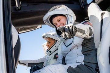 SpaceX вперше відправила на орбіту корабель із непрофесійними астронавтами