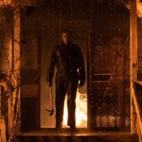 """Він йде за мною: у Мережі вийшов трейлер хоррора """"Хелловін убиває"""""""