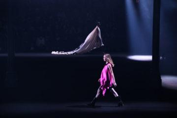 Фінальний акорд Тижня моди в Парижі: 44 дизайнери влаштували шоу-триб'ют Альберу Ельбазу