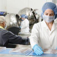 ВООЗ схвалила першу вакцину проти малярії
